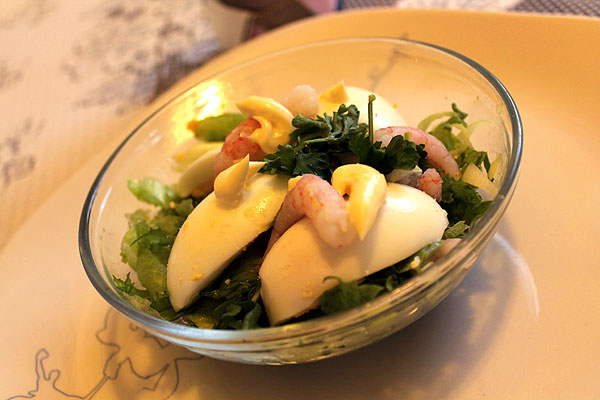 retropäivällinen, katkarapusalaatti, voimapuu