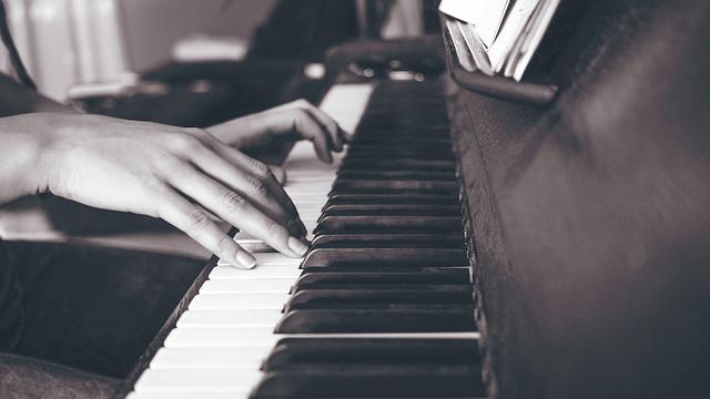 Voimaa musiikista, voimaantuminen