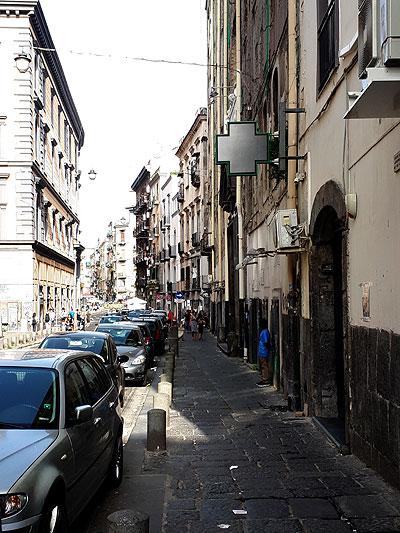 Napolin vanhaan kaupunkiin