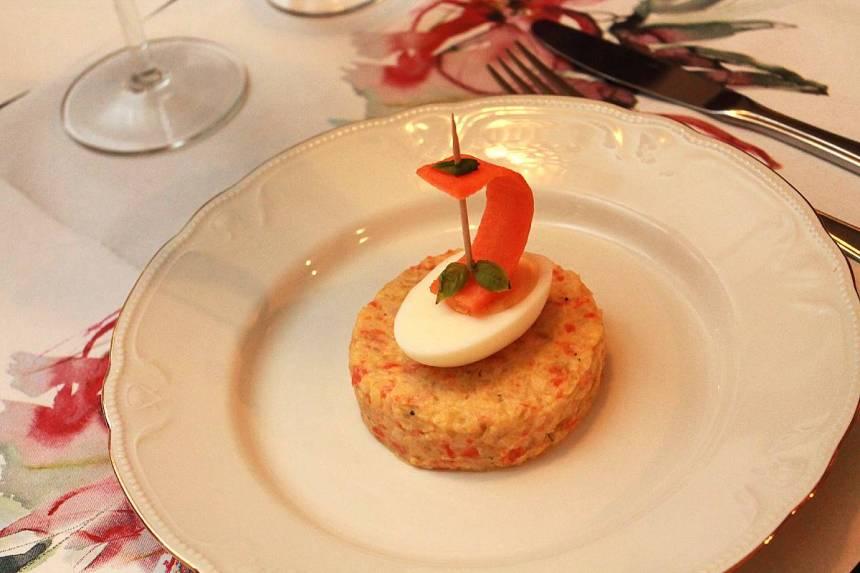 Maistelumenu - kasviskakkua, chorizoa, pihviä ja juustoja, Voimapuu