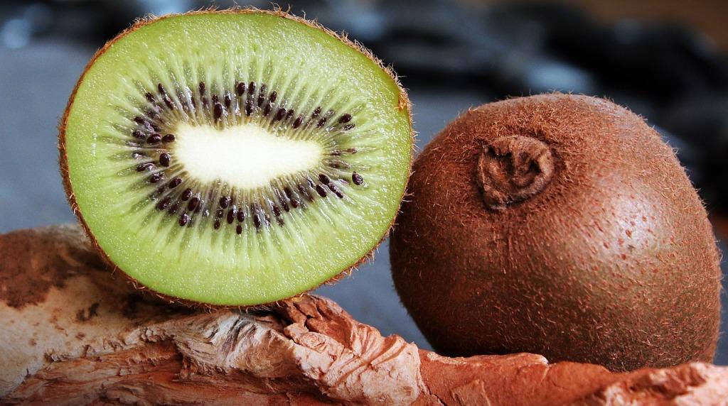 kiivi-hedelmä, kiivi-pavlova, Voimapuu